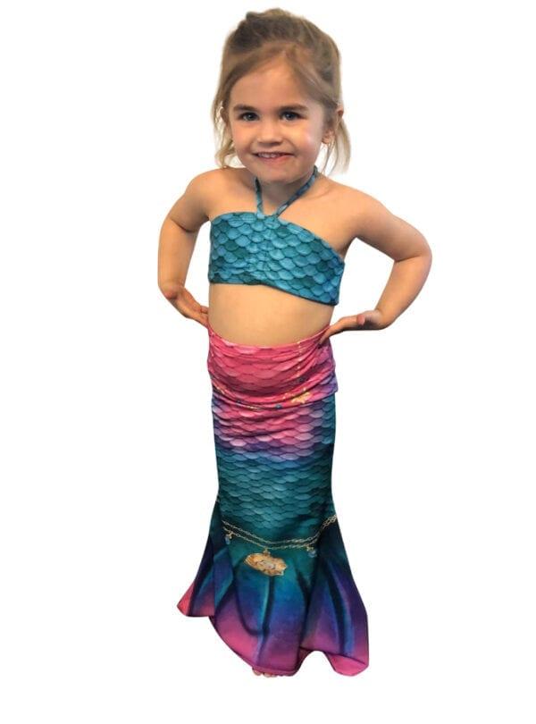 zeemeermin set voor kleuters. Deze zeemeerminnenstaart is speciaal ontwerpen voor de allerkleinste zeemeerminnen.