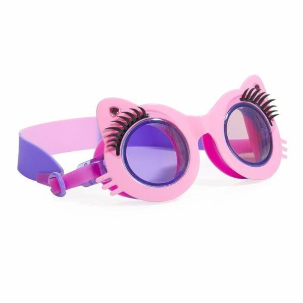 Een roze kat-vormige zwembril met lange wimpers en mooi afgewerkt met strass steentjes