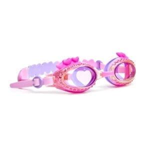 Roze zwembril met hartjes boven het montuur. Afgewerkt met diamanten en glitters.