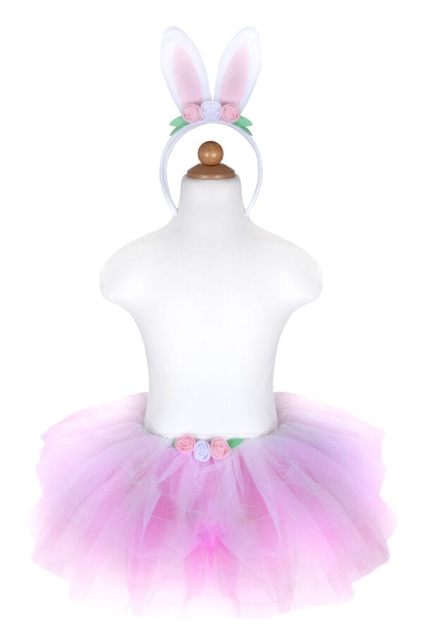 Schattige Bunny Tutu set met een roze tutu en een hoofdband! De tutu is gemaakt met lagen van roze en witte tule en het is versierd met drie rozen aan de voorkant en een schattige gevulde witte ronde tale aan de achterkant. Gecombineerd met een schattige hoofdband met konijnenoren, zal deze tutu set een van de favoriete speeltijd accessoires worden!