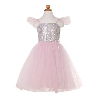 Wees een perfecte prinses in deze sparkle and shine roze tutu jurk. Met 2 lagen zacht roze tule en een laag iriserende glitter tule, zal je rok altijd pluizig en helder zijn. De paillettentop is gemaakt van iriserende pailletten met een zachte stretch spandex voering. De bandjes zijn gemaakt met stretch spandex en voorzien van tule puffs. Een klein satijnen strikdetail maakt deze schattige prinsessenjurk af met een vleugje klasse.